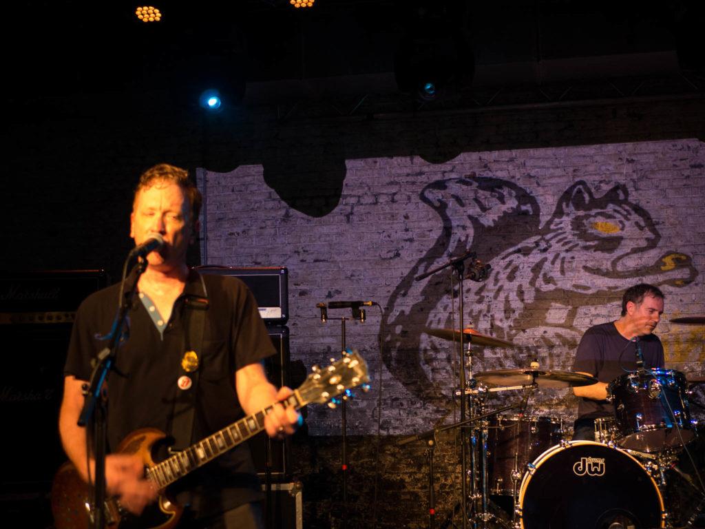Buffalo Tom play Muziekgieterij Maastricht plus interview